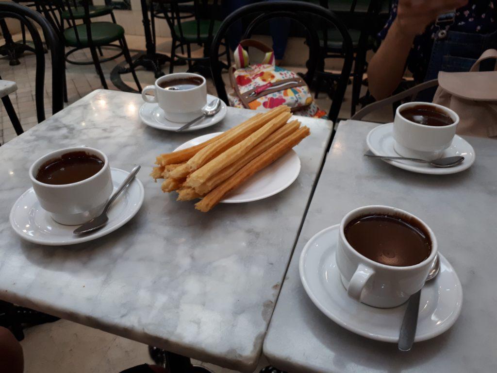 churros con chocolate Spain